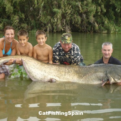 Catfishing in Ebro