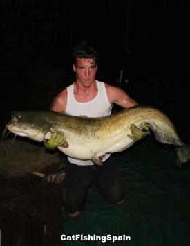 Catfishing in Mequinenza