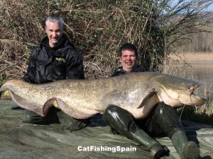 Catfish fishing in Mequinenza